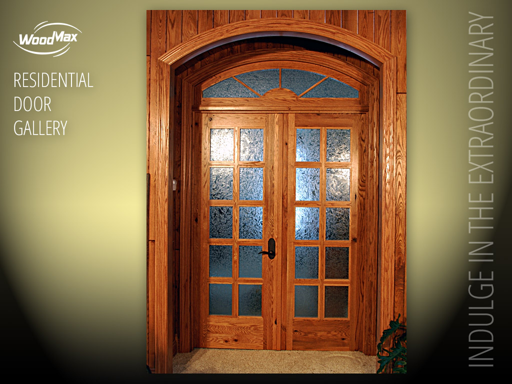 1024: Rustic Red Oak Interior Entry With 10 Light Pair And Arched Transom.  Textured, Glue Chip Glass.